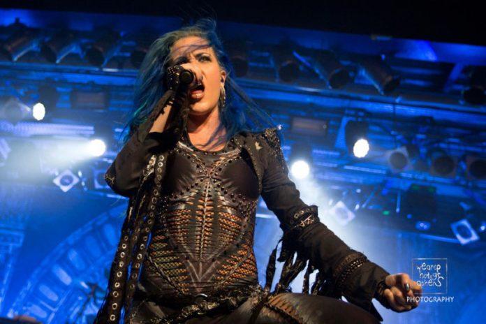 Arch Enemy Konzertfoto München Live im Backstage - Foto: Lutz Wearephotographers